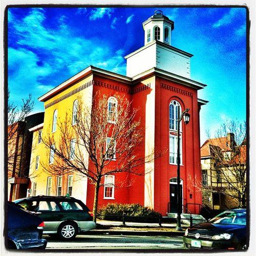 Drive-by Pomeroy! #btv #vt Main_st Architecture Structure Building University Landmark Campus Vermont Bluesky Vt Btv Uvm 802 Vt_scene Pomeroy