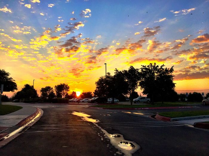 West Texas Skies Sunrise Midland, TX 43 Golden Moments Color Palette Adapted To The City