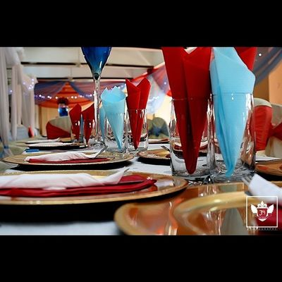 Since the plates and cups are ready, lets get to drinking and eating then....??? Wedding Reception Jiniuskonxeptsphotography Photography