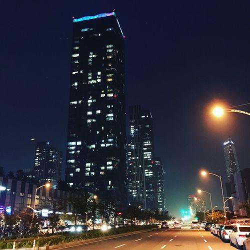 Night Street Road Urban IPhoneography