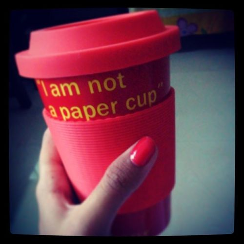 Coffemug ?? Coffeecup ?? Dilemma o_O TheAllNew non-paper ... Gonna love my coffee moree... ;-)