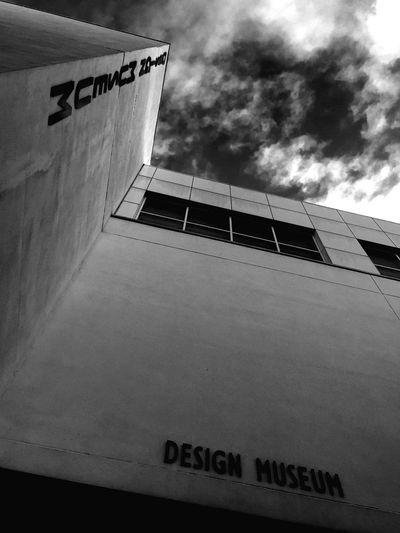Design museum Designmuseum Monochrome Monochromatic Bandw Bandw #bw_crew #bw_porn #bw #bnw_society #bw_lover #bnw #blackandwhite #blackwhite #bwoftheday #all_shots #igers #igersturkey #igersistanbul #streetphoto_bw #bw_photooftheday #fineart_photobnw #streetphotography #colorsplash #coloursplash #colorsplash_bw ArtDecoArchitecture Angles And Lines Streetphotography The Architect - 2015 EyeEm Awards EyeEm Best Shots - Architecture