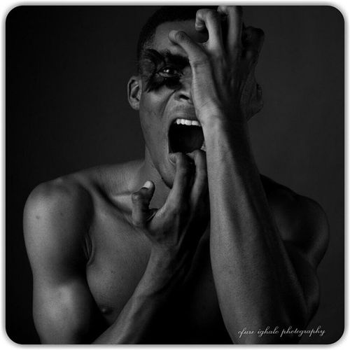 I just wanna rip off my head today. Aghhhh! Ofureighalo Reycortez Portrait Blackandwhite