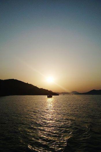 Sea Sunset Sun Water Nature Anı Yakala Anı Yakalamak Deniz Günbatımı 🌅 Deniz Tekne Huzur Gununkaresi Gununfotografi Outdoor No People Outdoors Nereden Mugla Muğla,Türkiye ölüdeniz Fethiye To Capture The Moment Tekne Turu Tekneturu Sun