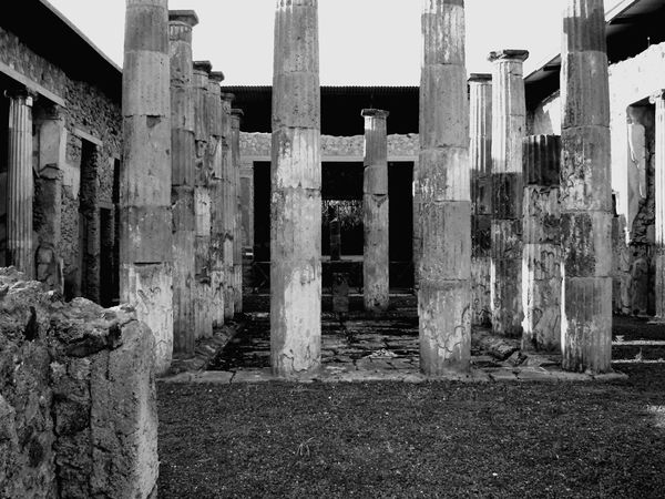 Archeology ArcheologicSite Romans Archeological Site Pompeii Ruins Pompei Scavi Ancient History Ancient Travel The Past Black & White Photography Columns