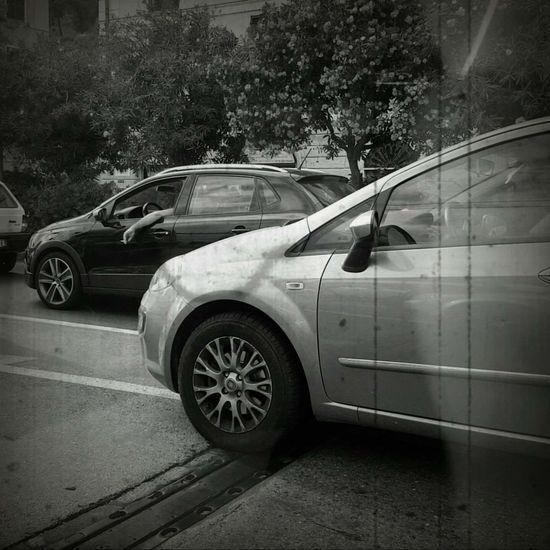 Car Transportation Day Outdoors No People Genova Black And White Photography Blackandwhite Photography Black And White Black & White Blackandwhite Macchina Macchine Auto Automobile Cars
