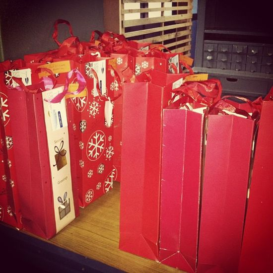 Preparin The Gifts Now.. Prideandjoy Hohoho Merryxmas Wizzynation