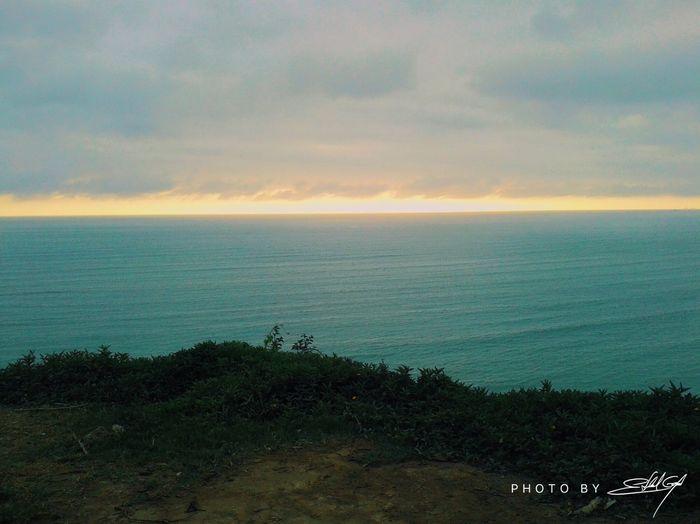 La vida no será fácil, pero mientras sigasfuerte podrás seguir caminando y yo me #alegraré de verte. Sea Horizon Over Water Beach Nature Tranquility Loveofmylife Sunset In Lima- Perú Believe In Yourself