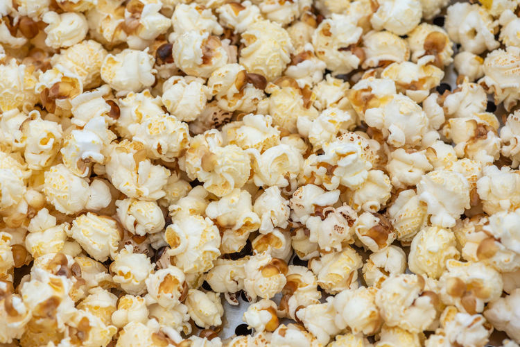 Popcorn Food Popcorn Food And Drink Full Frame Backgrounds Snack Large Group Of Objects Freshness Abundance Healthy Eating Close-up No People Wellbeing Still Life Corn Indoors  Heap Retail  Sweet Food Breakfast Sweetcorn Popcorn