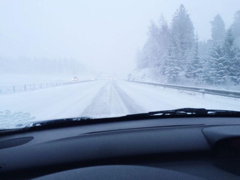 Winter Winter Drive Hazardous Driving Snow Snowy Roads MeinAutomoment