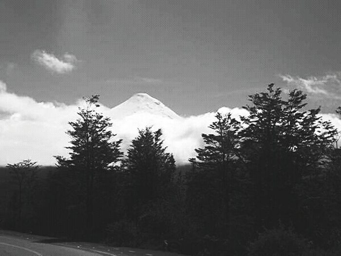 Eyeemphotography Fujifilm Blackandwhite Black And White Photography Nature_collection VolcanOsorno EyeEm Nature Lover Aventure Moments Chile Chilepaisajes Chilephotography
