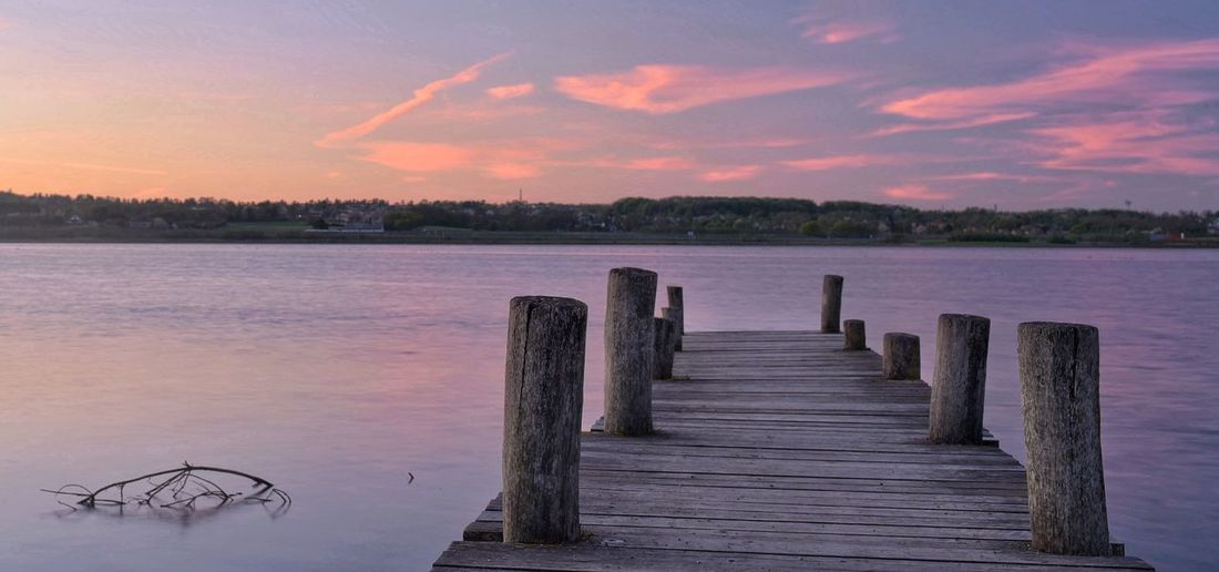 Just after the sun went down Clouds Evening Sky Aarhus, Denmark Denmark Pier Sunset Longexposure Pink Water Sky Sunset Cloud - Sky Tranquility Scenics - Nature Nature Wood - Material Tranquil Scene Beauty In Nature No People Outdoors Lake Wooden Post Idyllic Purple