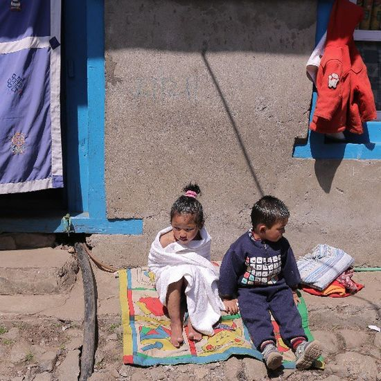 At sunbathing @klikarbain @arbainrambey ASIA Streetphotography Peopleproject Peoplephotography Climbing Lukla Nepal