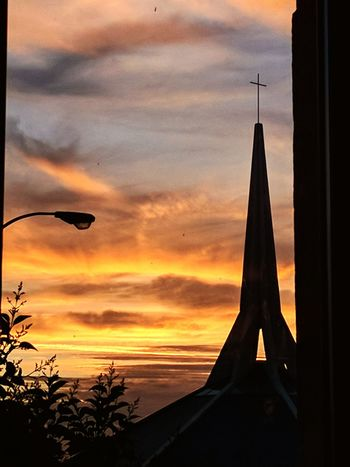 Sunset Light And Shadow Church Sky Fisica Fog