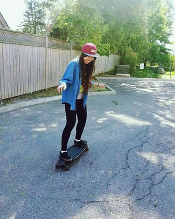 Beginner 😉 Capture The Moment Hanging Out That's Me Hello World Enjoying Life Peoplephotography Happiness Snapshots Of Life Sports In The City Longboarding Faces In Places Picturing Individuality Summer Smiling Expression Still Life Girl Power Emotions Happy