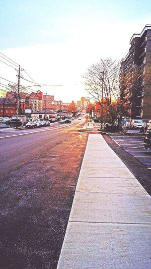 Fall Days Sidewalk Photograhy Pictureofmystreet Going To Market Walking Around Cityscapes Urban Landscape Urbanphotography