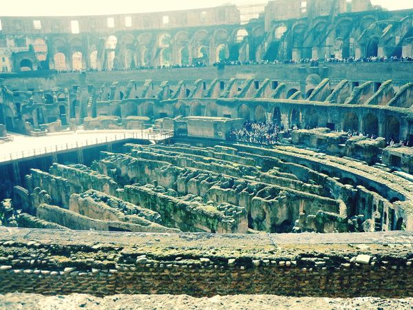 What's On The Roll Colleseum In Rome Rome Italy🇮🇹 Vacation
