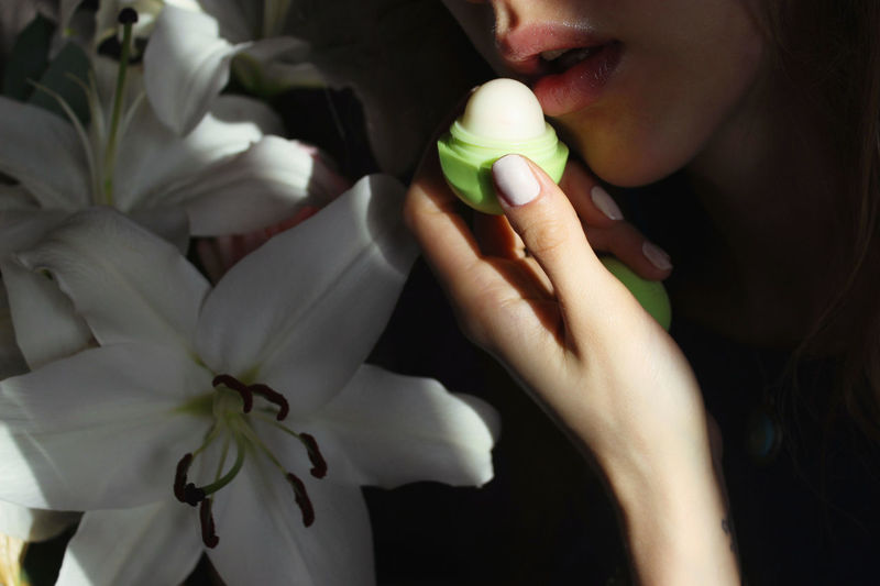 This one made me smile:) Light Lips Sunlight Beauty In Nature Delicate Flower Flower Head Freshness Holding Human Hand Light And Shadow Lipbalm Petals