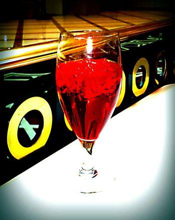 Vibrancy Reds Black Yellowgold Redandblack Pops  Bright Enhanced Glass Half Full