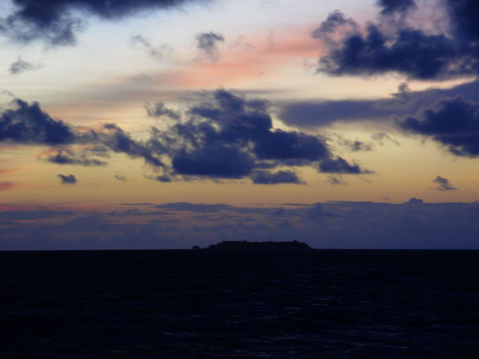 Baros Island Sky Cloud - Sky Sunset Beauty In Nature Scenics - Nature Tranquility Tranquil Scene