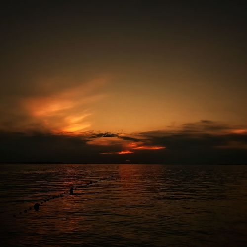 Sea air Ggaßler Wonderful_places Beautifuldestinations Bestvacations Breathtaking Beautifulplaces Travelphoto Landscapephotography Picoftheday Photooftheday Sony Passionpassport The Great Outdoors - 2018 EyeEm Awards Water Sea Sunset Red Silhouette Beach Dramatic Sky Awe Sky Horizon Over Water Seascape Ocean Romantic Sky Boat Sunrise