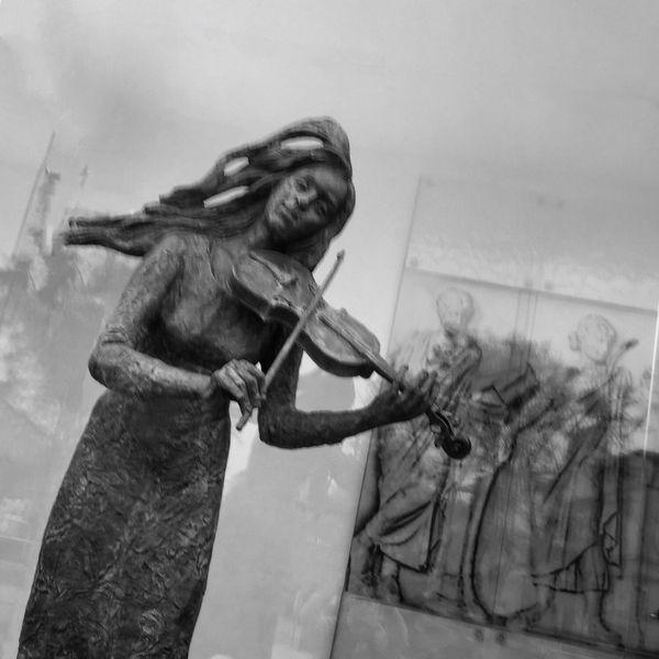 In Trance Wejherowo 5 December 2015 Iphone 6 Plus IPhoneography Statue Conceptual Wejherowo Poland Bnw_collection Bnw Streetphoto_bw Streetphotography Streetart Streetlife EyeEm Masterclass EyeEm Best Shots