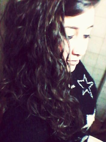 Con la humedad volvieron mis rulos ☆ Bienvenida Primavera Lluvia Rulos Bucles Hair Frizz Frizzy Hair Cabello Cordobacapital Argentina