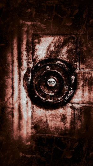 Enter At Your Own Risk Push Exploring The City Streets Ring Of Fire Ring The Bell What Lies Beyond... Hell..😬😠😠 Would You Run?  Enter Door Bell Brickporn Old-fashioned Old But Awesome Taking Photos GrungeStyle Hello Darkness My Old Friend Check This Out For My Friends That Connect Tails Of The Underground Untold Stories Fear The Dark Darkness And Beauty Beauty In Everything Times Gone By