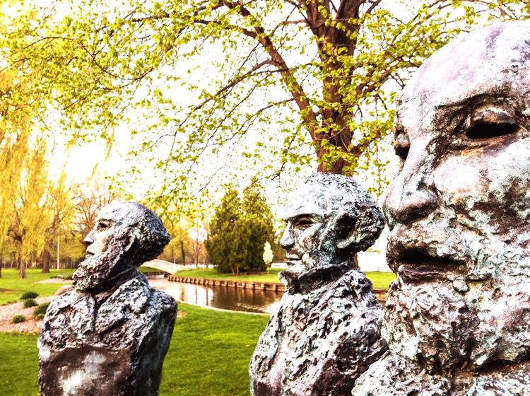 Statue Park Founders The Great Outdoors With Adobe Outdoors EyeEm Nature Lover Eye4photography  Doty Neenah Neenah, Wisconsin My City Taking Photos Check This Out The Photojournalist - 2016 EyeEm Awards History