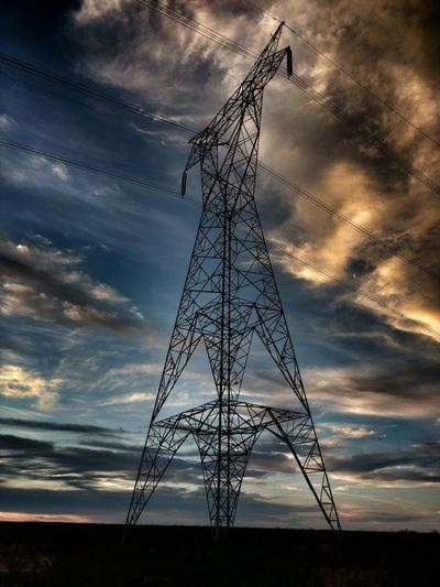Technology Dramatic Sky Cable Cloud - Sky Electricity  No People Sky Art Is Everywhere Colours POWERSYSTEM EyeEmArgentina Taking Photos Magestic Outdoors Argentina Picoftheday Electricity  Nationalgeographic Break The Mold Moon The Architect - 2017 EyeEm Awards Visual Feast The Week On EyeEm