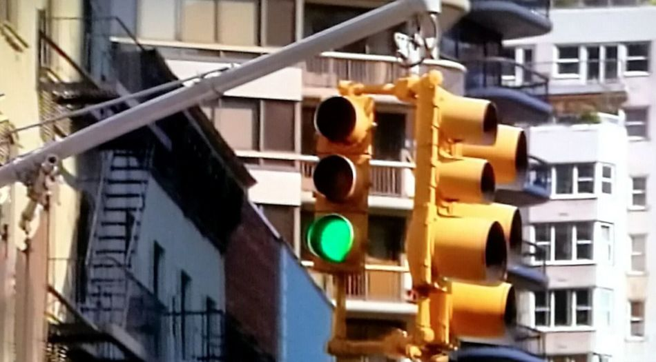Traffic lights No People Architecture Traveling Home For The Holidays Travel Photography Urban Living Finding New Frontiers Transportation Tribeca☕️ In New York Adapted To The City The City Light