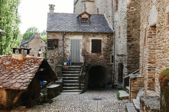 Architecture Built Structure Building Exterior History Travel Destinations Architecture_collection Occitanie Old Village Aveyron Old Town Old Architecture Architecture Oldtown Belcastel Cityscape Outdoors Architecturelovers Ancient TOWNSCAPE House Houses Old House Village Streetphotography Street Photography