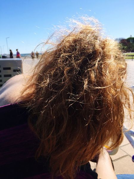 Let Your Hair Down Ponytail Golden Brown Shining Frizz Messy Hair Taking Photos Wavy Hair Wavy Matted