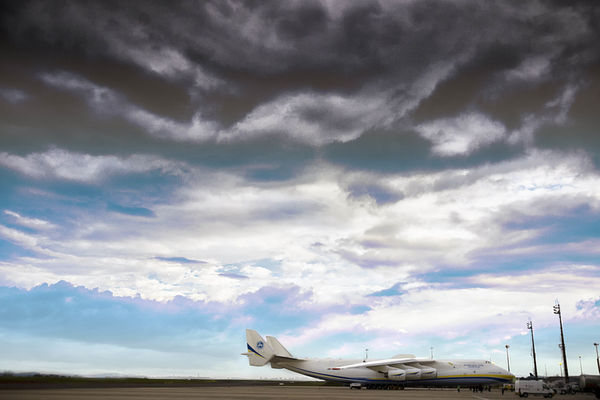 ANTONOV AN-225 AirPlane ✈ Antonov Antonov 225 Mriya Airplane Antonov An-225 Decor Dramatic Sky Frame It! Sky And Clouds Air Vehicle Airplane Airplanes Airport Airportphotography Aviation Aviationphotography Biggest Decoration Frame Outdoor Photography Outdoors Sky Lost In The Landscape Connected By Travel EyeEmNewHere Perspectives On Nature