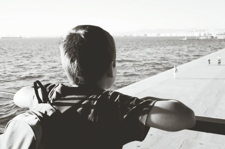 Boy Sea Thessaloniki Greece The Follower Sun ☀ Enjoying LifeBeach Blackandwhite Young Boy Dreamer The Following The Essence Of Summer- 2016 EyeEm Awards Not Looking At The Camera Back Turned Summer ☀ School Bag My Favorite Place Adapted To The City