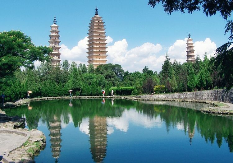 大理三塔 China Photos China China Beauty Reflection Water Tree Architecture Travel Destinations Skyscraper Sky Lake Business Finance And Industry No People Outdoors Day Building Exterior Urban Skyline City Nature Politics And Government