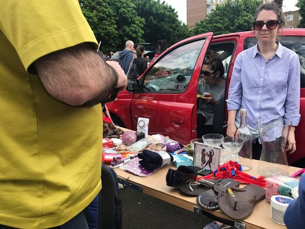 Men Repairing Working Day Uniform Occupation Real People Outdoors Young Adult People Adult Adults Only Car Boot Sale Car Boot Sale Battersea London