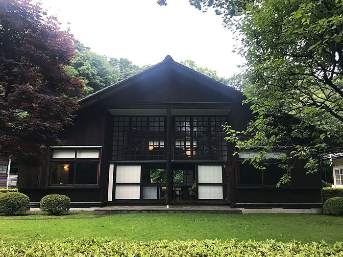Maekawa House in the Edo-Tokyo Open Air Architectural Museum 建築家 建築 前川國男 江戸東京たてもの園 Museum Japanese Architecture Modern Japanese Architecture ARCHITECT Architecture Kunio Maekawa The Architect - 2018 EyeEm Awards Architecture Built Structure Plant Tree Building Exterior Building The Architect - 2018 EyeEm Awards