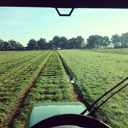 A picture from last summer. Jabekojo Thesmellofgrass Summer15 already looking forward to next summer Fendt Farmer4life Farmer365
