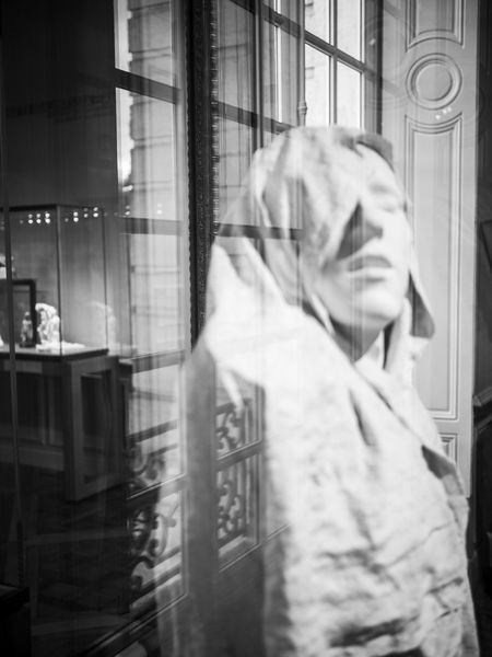 Black & White Black And White Blackandwhite Grace Masterpiece Musée Rodin, Paris Portrait Of A Woman Reflection Reflections Rodin Rodin Sculpture Sculpture The Portraitist - 2016 EyeEm Awards Window Windowreflection