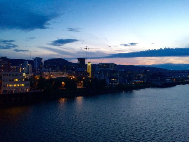 Cityscape River View Sky And Clouds Twilight EyeEm Best Shots Eye4photography  Willamette River  Beautiful View Landscape_Collection Portland