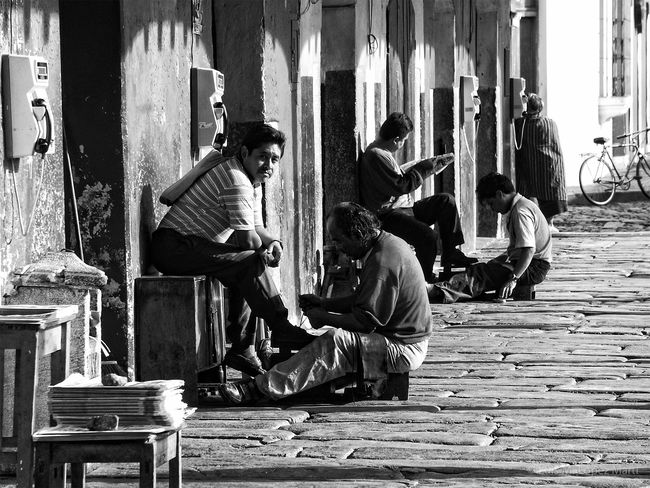 Antigua Guatemala Guatemala People Streetphotography Street Photography Monochrome Photography B&w Photography Monochrome_life Monochromatic Travel Destinations Black And White Photography Monochrome B&w Black&white Black & White Bnw Blackandwhitephotography Blackandwhite Photography Black And White Blackandwhite B&w Street Photography Streetphoto_bw Monocrome Photography Popular Culture Traditional