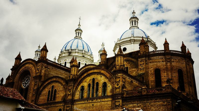 Travel Destinations Architecture Travel Sky Built Structure Building Exterior City History Cloud - Sky Outdoors No People Dome Clock Tower Day Cuenca, Ecuador City Façade Vacations Southamerica City Life Closed Door Vintage❤ Entrance Historical Place