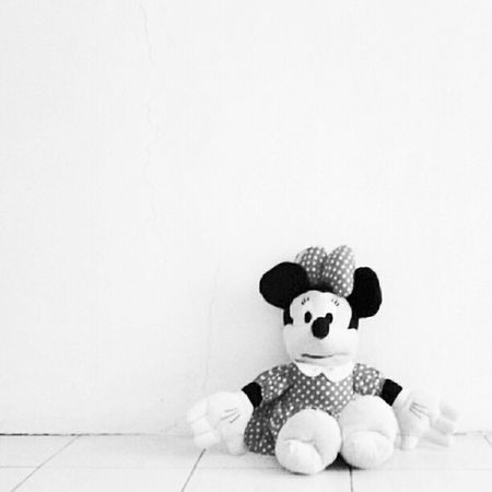 Lonley Mini Minimouse Bw Disney @andrography @fotodroid Andrography fotodroid android toys doll daushado instaprints