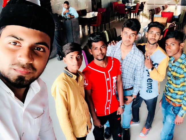 Group Of Boys Styles #Dress Farmaan Mughni Zeeshan Mughni Lounge Club Hukka Hukkahlover Friendship Party - Social Event Men Group Of People Fan - Enthusiast Portrait Happy Hour Social Gathering Males  Organized Group Photo Nightclub Clubbing Club Dj