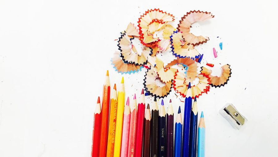 Colors Colours Resim Kalemi Boya Kalemleri Renklikalemler Kalemtraş