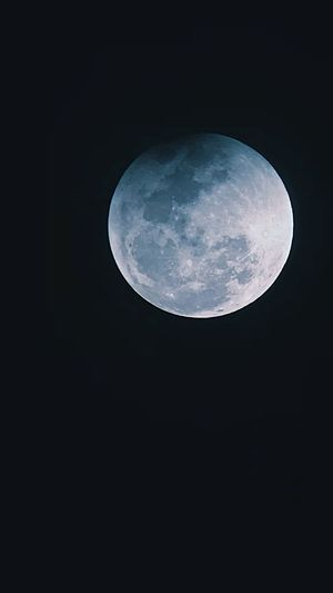 Super moon Moon Night Full Moon Astronomy Moon Surface Planetary Moon No People Beauty In Nature Nature Sky Outdoors Tranquility Moonlight Close-up Space