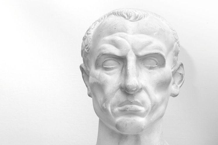 Giulio Cesare Ancient Civilization Cesare Close-up Human Body Part Human Face Human Head Human Representation People Roman Sculpture Statue Studio Shot White Background