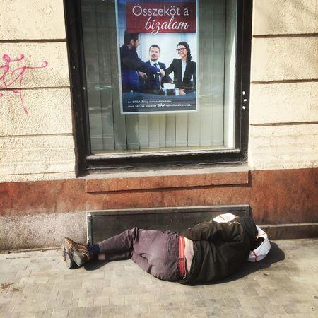 Budapest Homeless Budapest, Hungary Homeless Homeless Man Homeless People Homeless Person Homelessness  Lying Down Outdoors Real People Window The Street Photographer - 2017 EyeEm Awards