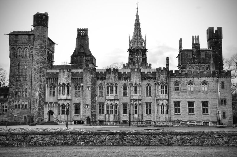Cardiff Castle Architecture Building Cardiff Cardiff Castle Castle Castles Exterior Façade History Medieval The Architect - 2016 EyeEm Awards